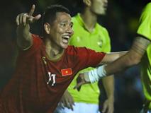 Đánh bại Thái Lan bằng bàn thắng ở phút bù giờ, Việt Nam vào chung kết King's Cup