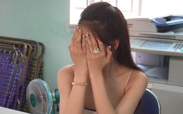 Lộ diện đại gia bí ẩn mua dâm người nổi tiếng giá nghìn đô ở Sài Gòn-1