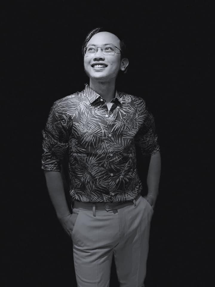 Thông tin cực hiếm về chú rể của MC Phí Linh: Phó trưởng phòng tiếng Anh, người đứng sau nhiều show đỉnh của VTV-5