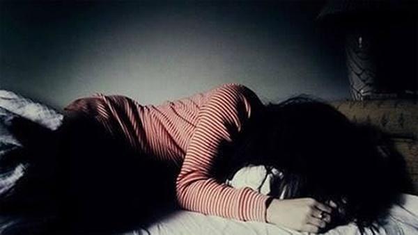 Cô bé 15 tuổi sinh con sau 3 lần quan hệ với bạn trên Facebook-1