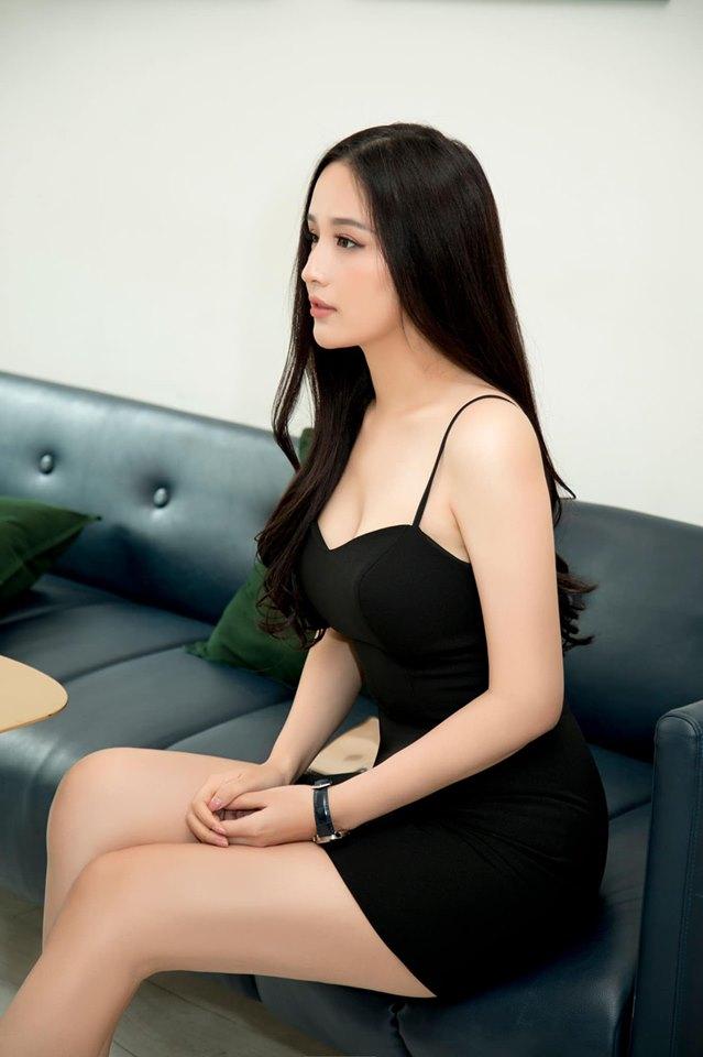 Mai Phương Thúy hững hờ khoe vòng 1 gần 100cm khiến fan nam xốn xang-9