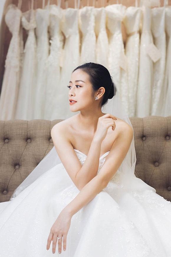 MC Phí Linh khoe bộ ảnh cưới xinh như công chúa-3