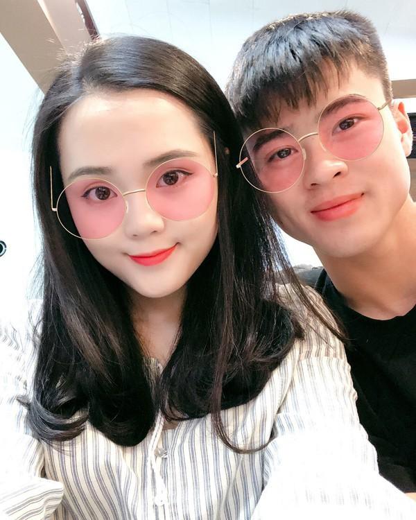 Lây bệnh gắt của người yêu, bạn gái Duy Mạnh vào hẳn Facebook cầu thủ Thái Lan bình luận khiến ai đọc xong cũng choáng-5