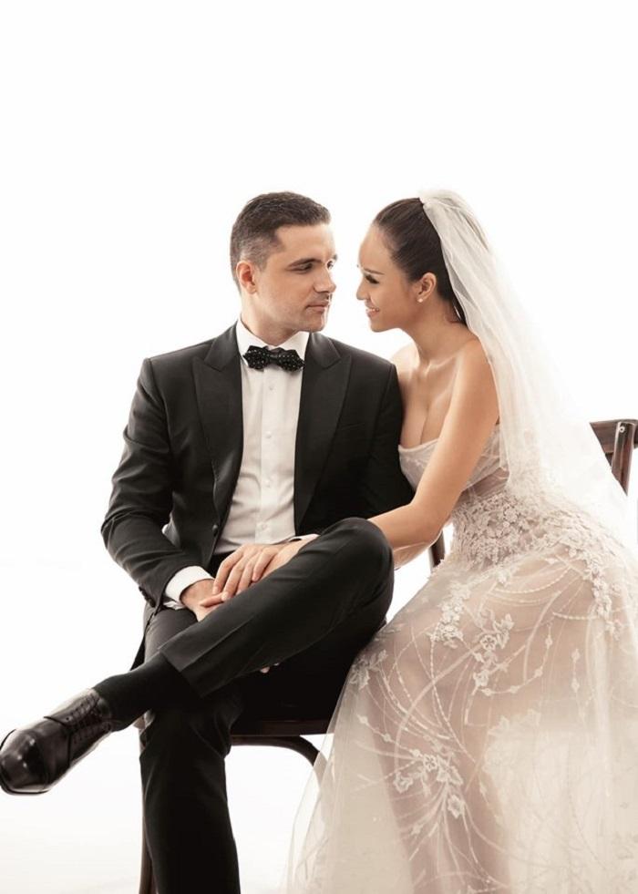 MC Phương Mai tình tứ khóa môi chồng trong ảnh cưới giản dị-3
