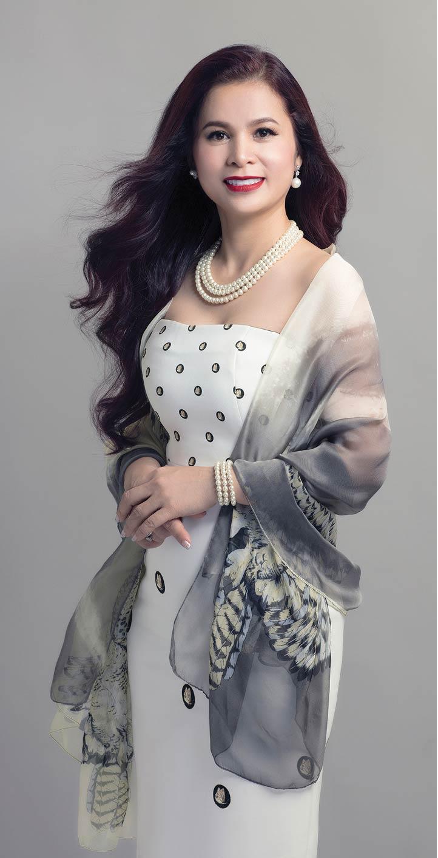 Vụ ly hôn nghìn tỷ của vợ chồng vua cà phê Trung Nguyên: Những đêm trắng sau phiên tòa của người đàn bà đẹp-12