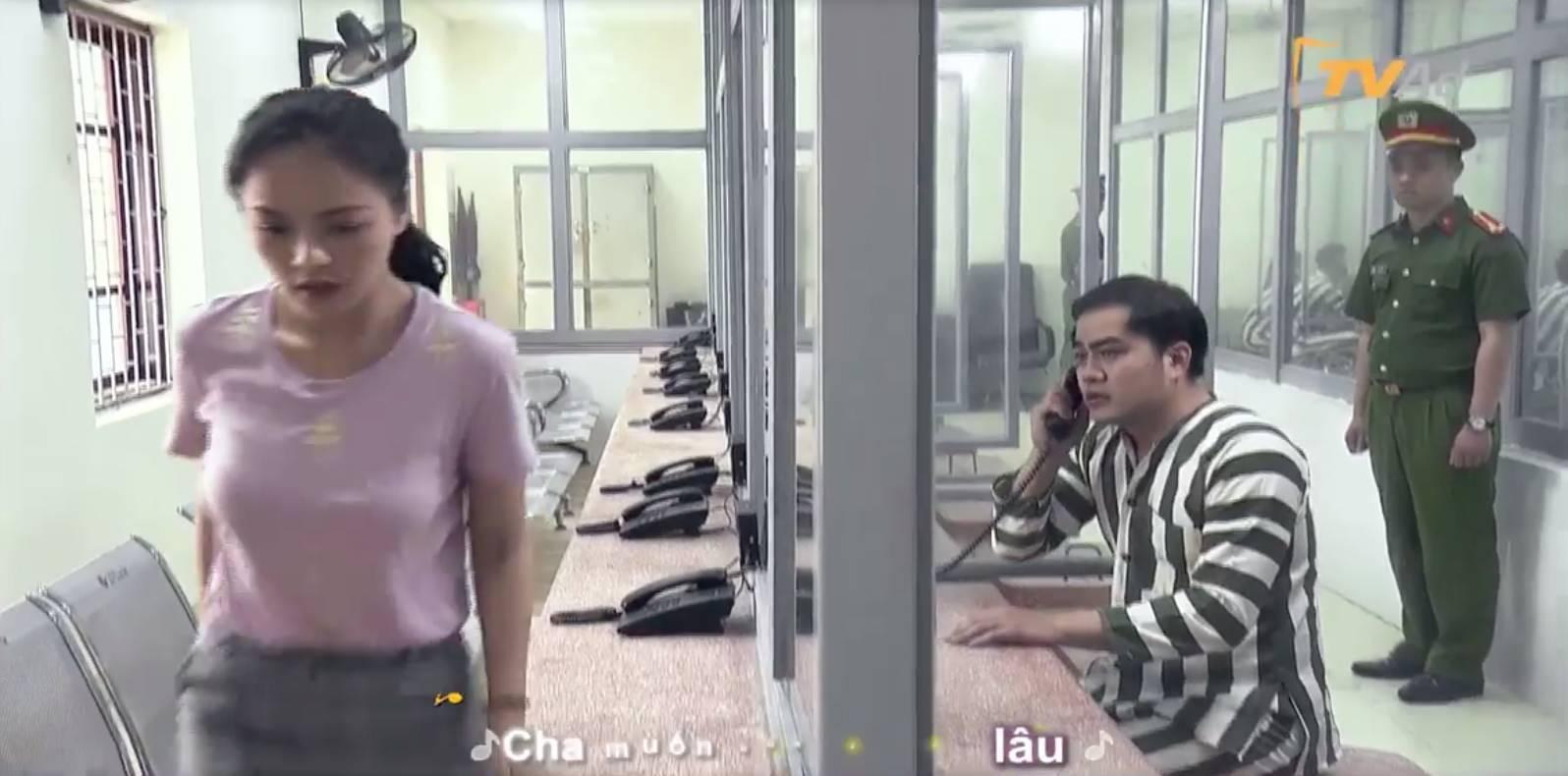 Hot: Hé lộ cảnh Khải Về nhà đi con đi tù, Huệ đến thăm nhưng vẫn phũ phàng-2