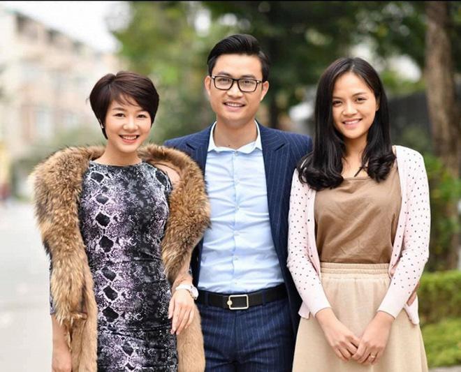 Tình địch của Thu Quỳnh Về nhà đi con hóa ra ngoài đời là Hoa hậu đại gia-4