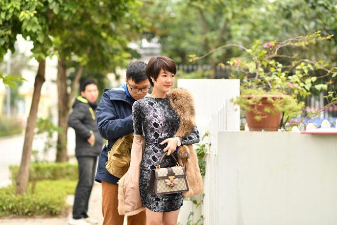 Tình địch của Thu Quỳnh Về nhà đi con hóa ra ngoài đời là Hoa hậu đại gia-5