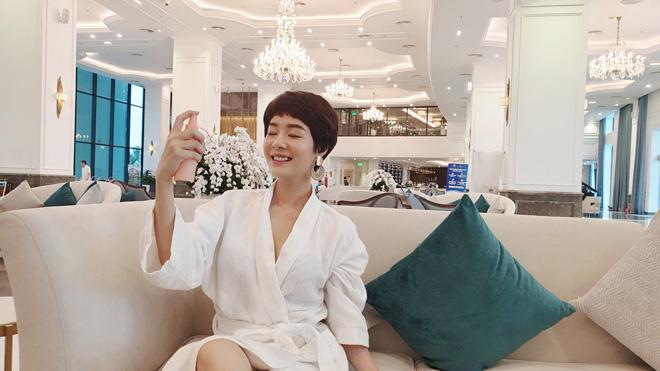 Tình địch của Thu Quỳnh Về nhà đi con hóa ra ngoài đời là Hoa hậu đại gia-6