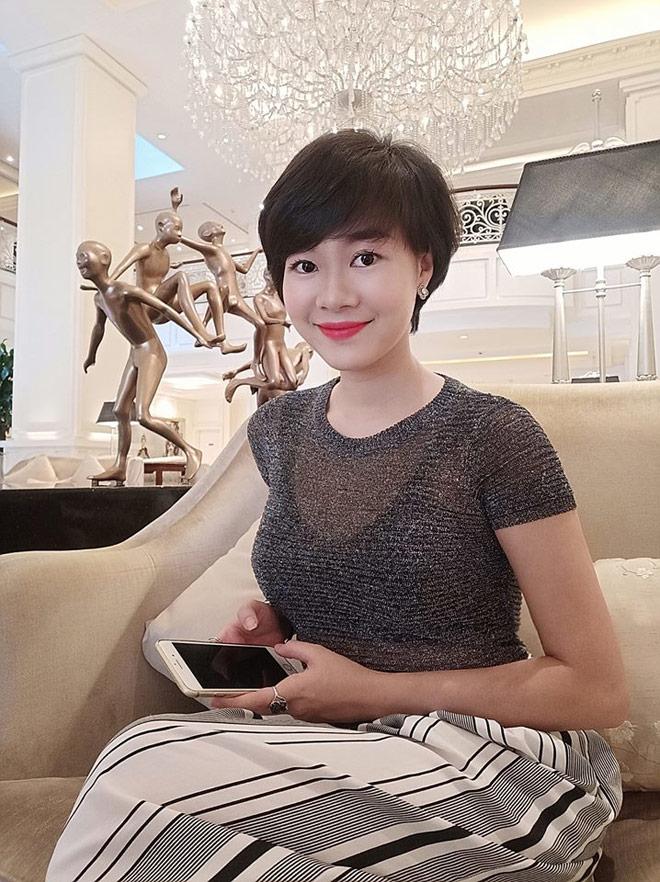 Tình địch của Thu Quỳnh Về nhà đi con hóa ra ngoài đời là Hoa hậu đại gia-11