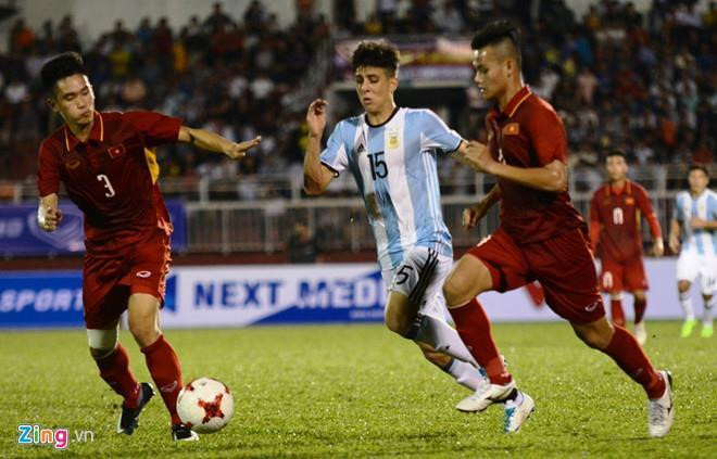ĐT Việt Nam - ĐT Curacao: Công Phượng đá hỏng luân lưu, tuyển Việt Nam về nhì tại Kings Cup-29