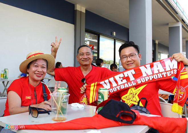 Công Phượng đá hỏng phạt đền, CĐV bật khóc khi Việt Nam bỏ lỡ chức vô địch Kings Cup trên đất Thái Lan-41