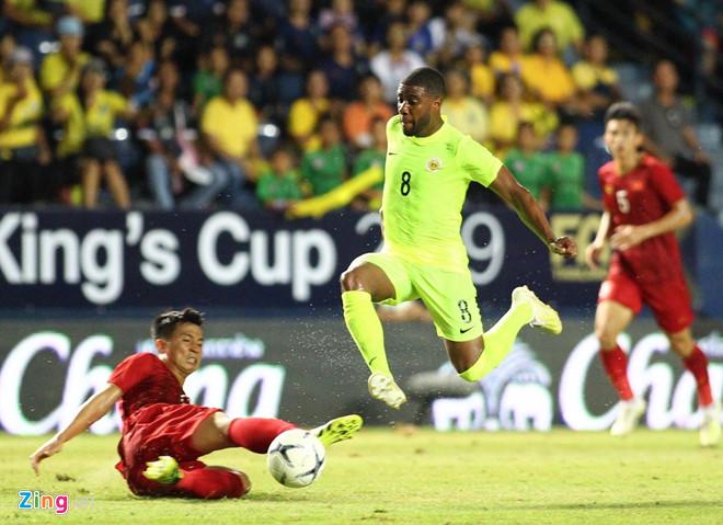 ĐT Việt Nam - ĐT Curacao: Công Phượng đá hỏng luân lưu, tuyển Việt Nam về nhì tại Kings Cup-9