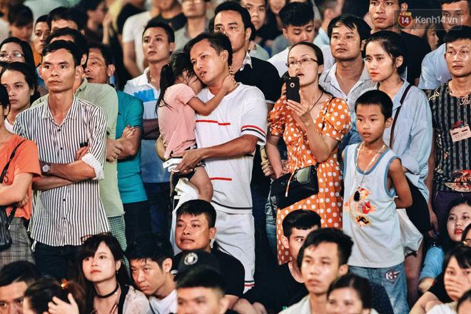 Công Phượng đá hỏng phạt đền, CĐV bật khóc khi Việt Nam bỏ lỡ chức vô địch Kings Cup trên đất Thái Lan-14