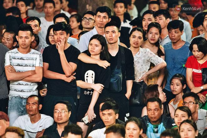 Công Phượng đá hỏng phạt đền, CĐV bật khóc khi Việt Nam bỏ lỡ chức vô địch Kings Cup trên đất Thái Lan-13