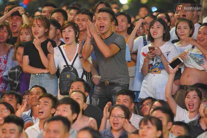 Công Phượng đá hỏng phạt đền, CĐV bật khóc khi Việt Nam bỏ lỡ chức vô địch Kings Cup trên đất Thái Lan-7