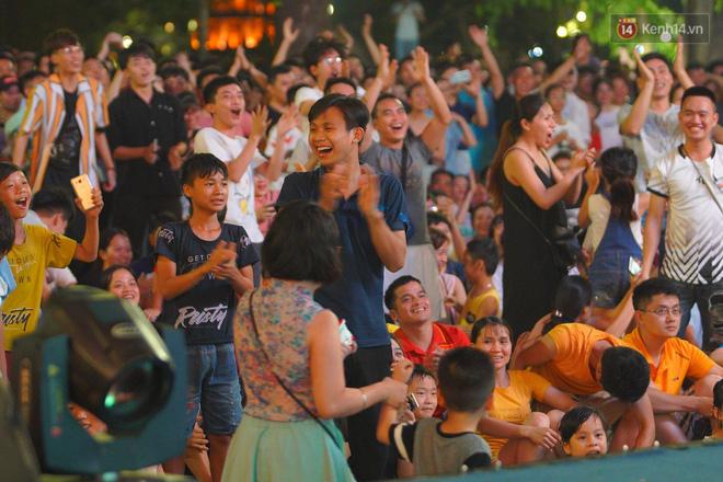 Công Phượng đá hỏng phạt đền, CĐV bật khóc khi Việt Nam bỏ lỡ chức vô địch Kings Cup trên đất Thái Lan-6