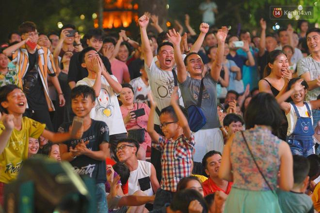 Công Phượng đá hỏng phạt đền, CĐV bật khóc khi Việt Nam bỏ lỡ chức vô địch Kings Cup trên đất Thái Lan-5