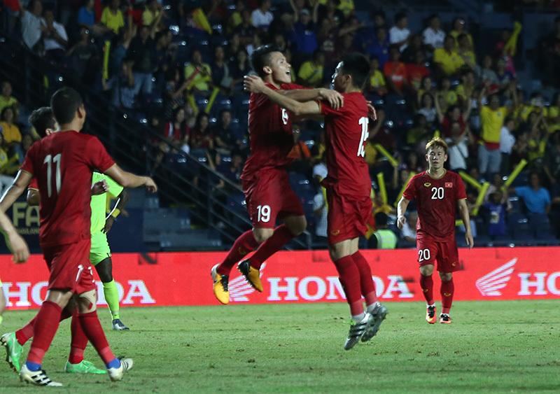 ĐT Việt Nam - ĐT Curacao: Công Phượng đá hỏng luân lưu, tuyển Việt Nam về nhì tại Kings Cup-6