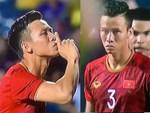 Văn Toàn đấm yêu Xuân Trường và loạt biểu cảm khó đỡ của tuyển Việt Nam trên bục nhận huy chương-15