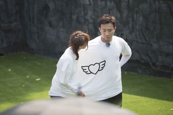 Trấn Thành ôm Lan Ngọc, Hari Won đá đểu cuộc chơi thì ngắn nhưng cuộc đời thì dài-2