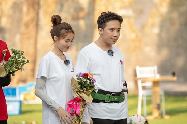 Trấn Thành ôm Lan Ngọc, Hari Won đá đểu cuộc chơi thì ngắn nhưng cuộc đời thì dài-9