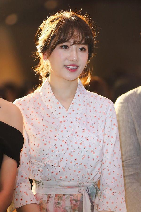 Vốn trẻ trung không tuổi, Hari Won khiến dân tình ngã ngửa khi bất ngờ hoá bà thím bởi...-3