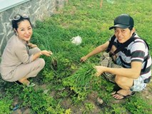 Cuộc sống giản dị ăn cơm cá kho, tưới cây, nhặt cỏ của Hoài Linh