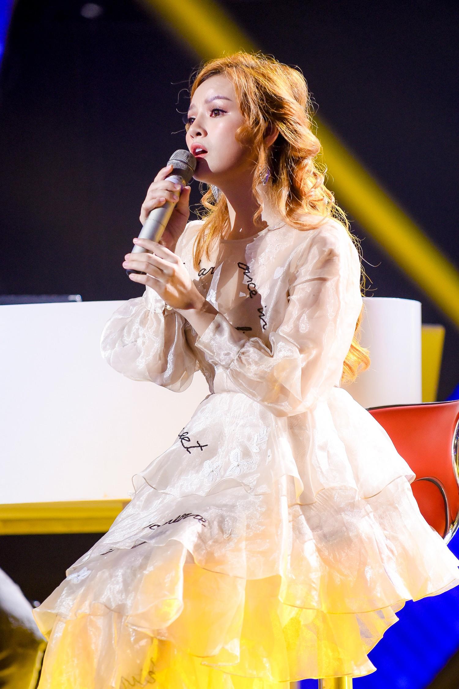 The Voice: Khán giả rối não với chiêu trò của Hồ Hoài Anh, Thanh Hà bật khóc trên ghế nóng-4