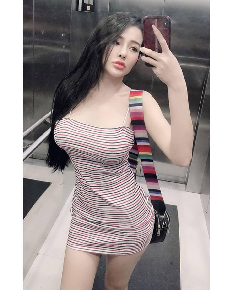 Ngân 98, hot girl Kem Xôi, Mì Gõ...mặc gợi cảm chào đón mùa hè-4