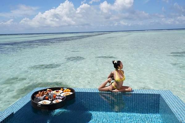 Ốc Thanh Vân mặc bikini tạo dáng yoga gây sốt-5