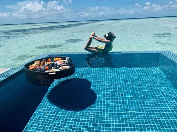 Ốc Thanh Vân mặc bikini tạo dáng yoga gây sốt-7