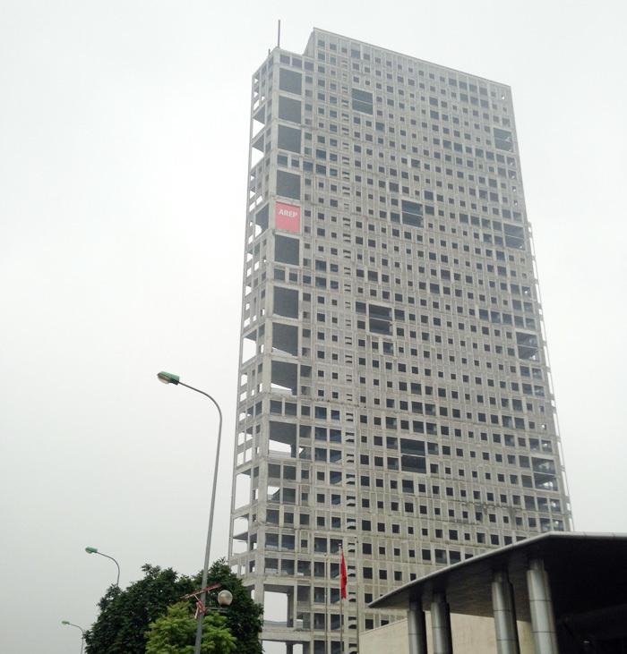 Tòa tháp ma hoang lạnh, ngàn tỷ đổ nát giữa Thủ đô-11