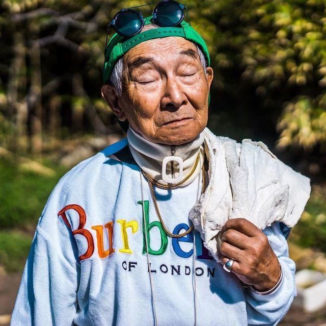 Cụ ông 84 tuổi trở thành ngôi sao thời trang siêu hot trên mạng xã hội-8