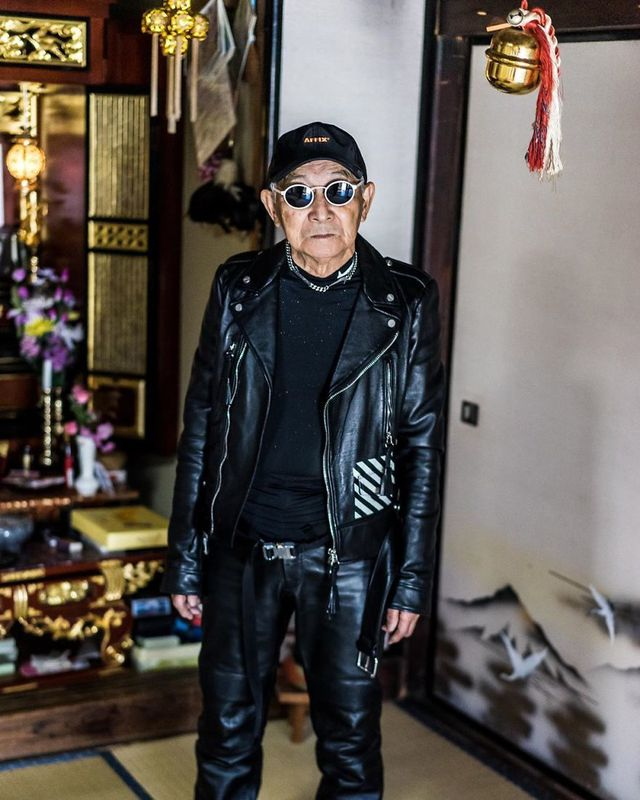Cụ ông 84 tuổi trở thành ngôi sao thời trang siêu hot trên mạng xã hội-11