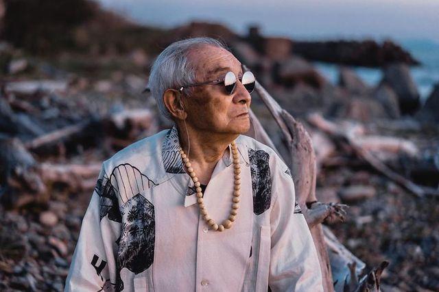 Cụ ông 84 tuổi trở thành ngôi sao thời trang siêu hot trên mạng xã hội-17