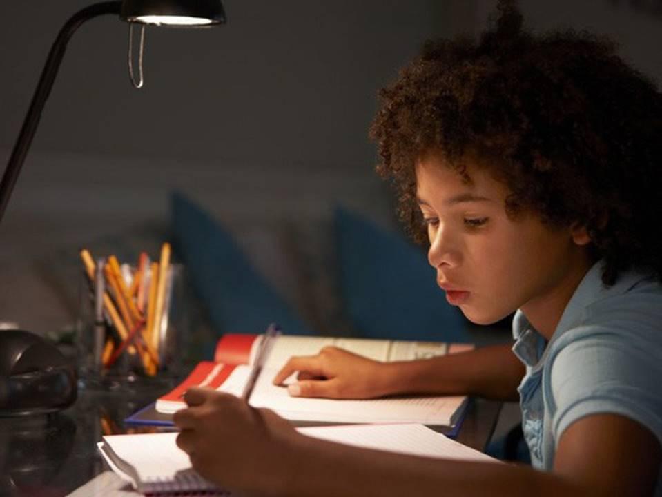 Khoa học chứng minh: Cha mẹ của những đứa trẻ thành công đều có 10 đặc điểm chung này, muốn con hay mình phải giỏi!-3
