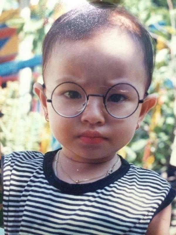 Sau 2 năm đăng quang, Tú Hảo vẫn bị lôi ảnh bị nghi là phẫu thuật thẩm mỹ ra bàn tán-3