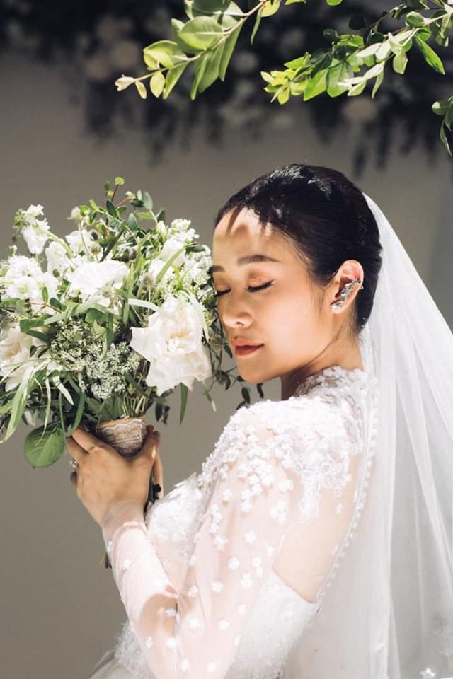 MC Phí Linh chính thức tung ảnh cưới đầy mơ mộng, nhưng bình luận của người chị Hoa hậu mới gây chú ý-2