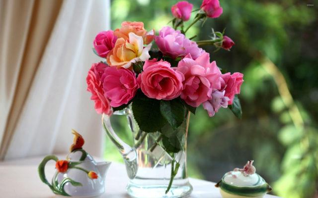 Người bán hoa sẽ không bao giờ tiết lộ: Mẹo thần thánh giúp hồi sinh hoa héo đúng trong 3 giây-1