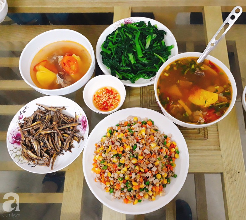 Cô nàng Hà Nội khoe văn hóa thú vị ở công ty: Lập team nấu cơm ngay tại văn phòng, sếp cũng được phân công rửa bát-4