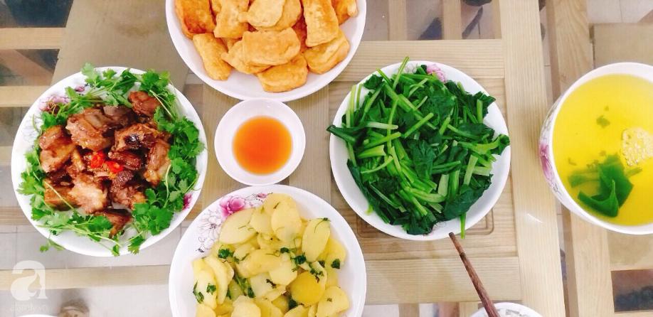 Cô nàng Hà Nội khoe văn hóa thú vị ở công ty: Lập team nấu cơm ngay tại văn phòng, sếp cũng được phân công rửa bát-7