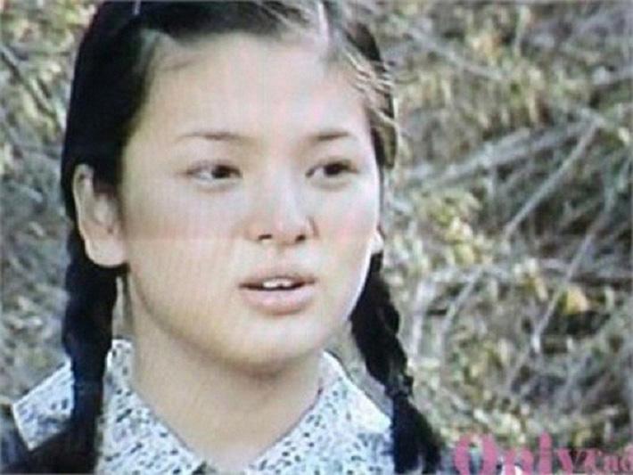 Song Hye Kyo tiết lộ bí quyết giảm cân ngoạn mục với công thức uống 3 lít nước chanh pha loãng mỗi ngày-2