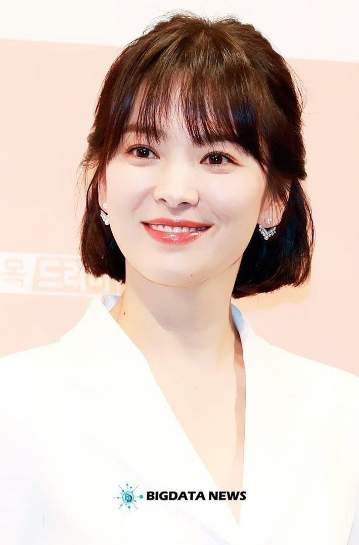 Song Hye Kyo tiết lộ bí quyết giảm cân ngoạn mục với công thức uống 3 lít nước chanh pha loãng mỗi ngày-5