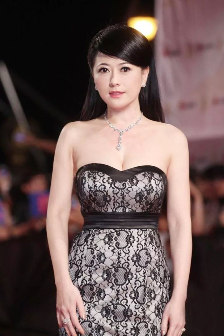 Đời lận đận của Mỹ nhân đẹp nhất Đài Loan Qua Vỹ Như: Hai lần làm dâu hào môn vẫn chẳng có cho mình một người đàn ông bên cạnh-8