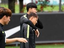 Chứng kiến cậu em út của đội chịu nỗi sự mất mát to lớn, Son Heung-min có hành động khiến các fan cảm thấy ấm lòng