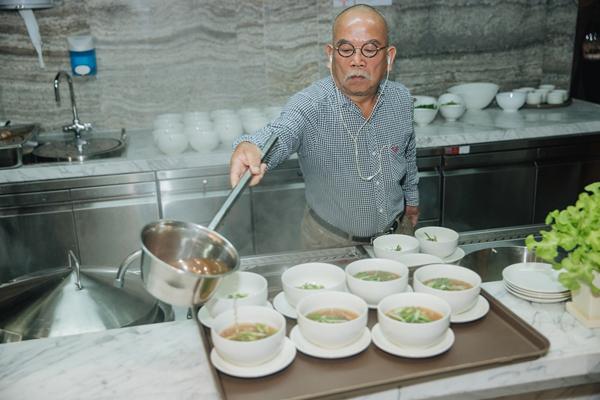 Đầu bếp 'vạn người mê' David Rocco chủ trì dạ tiệc trên đỉnh Landmark 81-7