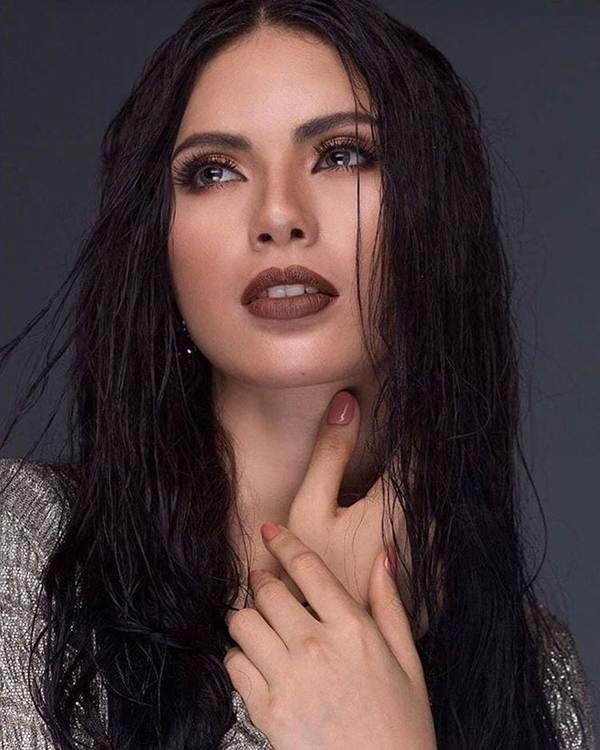 Ngắm nhan sắc nóng bỏng không tì vết của tân Hoa hậu Hoàn vũ Philippines-5