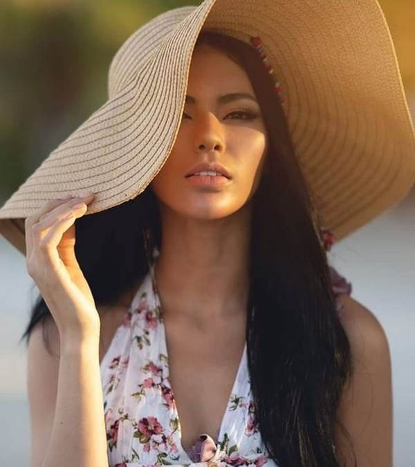 Ngắm nhan sắc nóng bỏng không tì vết của tân Hoa hậu Hoàn vũ Philippines-6