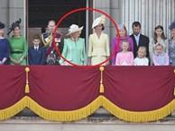 Chuyện giờ mới kể: Meghan Markle bỗng dưng 'mất hút' giữa các thành viên hoàng gia trên ban công Cung điện và lý do khiến ai cũng 'ngã ngửa'